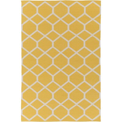 La Mott Yellow/Ivory Area Rug Rug Size: Rectangle 4 x 6