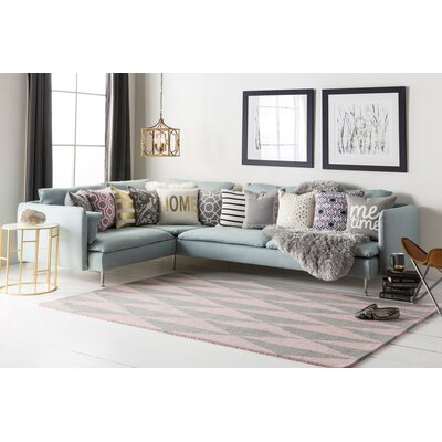 Yowell Hand-Crafted Gray/Light Pink Area Rug Rug Size: Rectangle 3 x 5