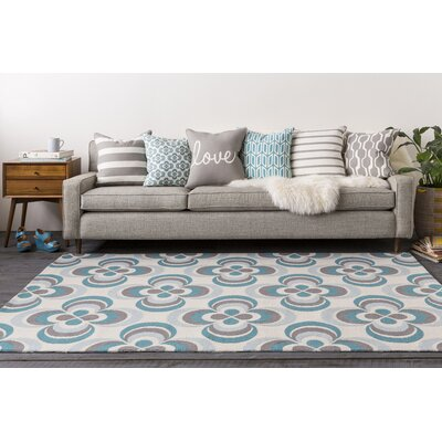 Joan Everston Aqua/Light Blue Area Rug Rug Size: 5 x 76