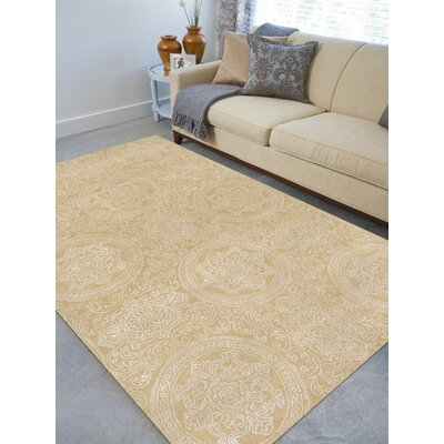 Serendipity Hampton Hand-Tufted Maize Area Rug