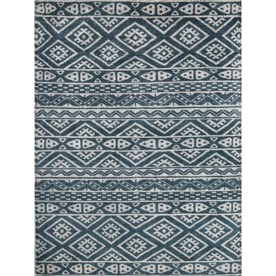 Lunenburg Steel Gray Area Rug Rug Size: 4 x 6