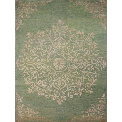 Gunner Hand-Knotted Green Area Rug Rug Size: 5 x 8