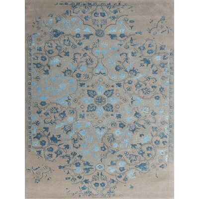 Artist Hand-Tufted Silver and Blue Area Rug Rug Size: 5 x 8