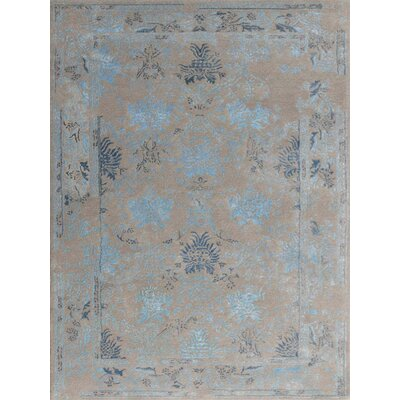 Hadassah Hand-Tufted Silver/Blue Area Rug Rug Size: Rectangle 76 x 96