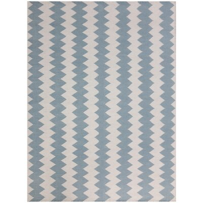 Pietsch Ligth Blue/Ivory Area Rug Rug Size: 5 x 8