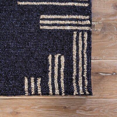 Helfer Navy/Tan Indoor/Outdoor Area Rug Rug Size: 5 x 76