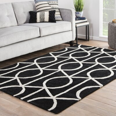 Shania Hand-Tufted White/Black Area Rug Rug Size: 5 x 8