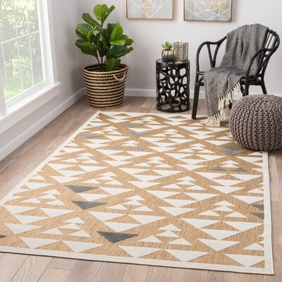 Rouvin Power-Loomed Beige/White Indoor/Outdoor Area Rug Rug Size: Rectangle 5 x 76