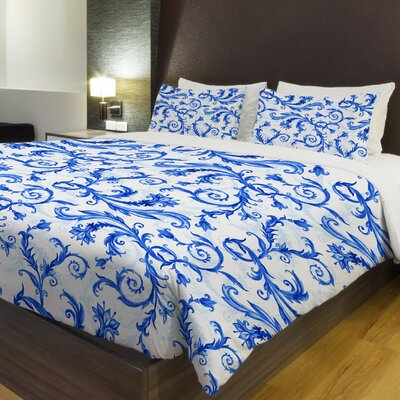 Royal Flower Swirls Fleece Duvet Cover Size: Full / Queen
