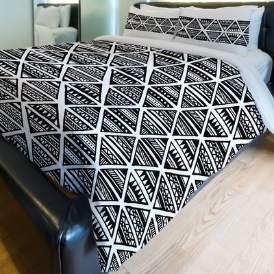 Tribal Triangles Fleece Duvet Cover Size: Full / Queen