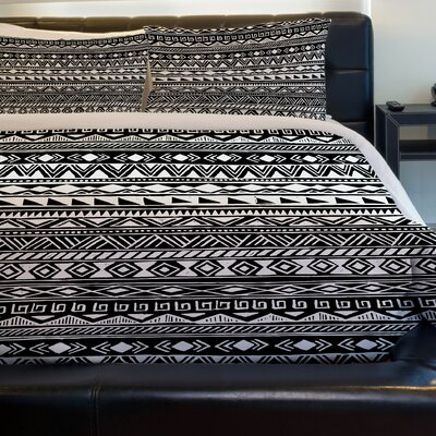 Tribal Stripes Fleece Duvet Cover Size: Twin