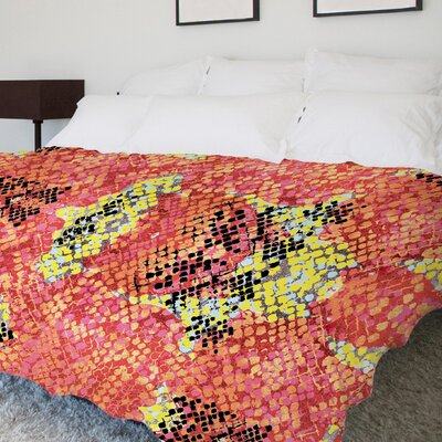 Reptilian Light Colorway Fleece Duvet Cover Size: King