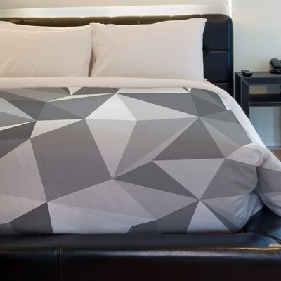 Kelsi Geometric Fleece Duvet Cover Size: King