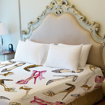 Party Dresses / Multiple Shoes Fleece Duvet Cover Size: King