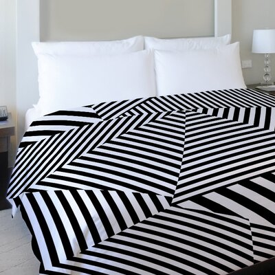 Edit Stripe Fleece Duvet Cover Size: Full / Queen, Color: Black
