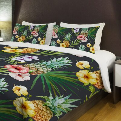 Hawaiian Pineapples Lightweight Duvet Cover Size: Twin