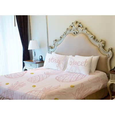 Pineapple Lightweight Duvet Cover Size: Queen