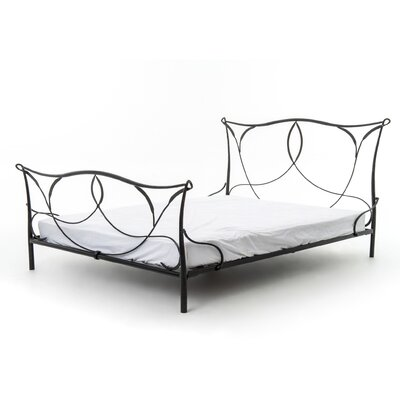 Aria Upholstered Platform Bed Size: King