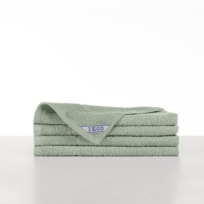 Performance Hand Towel Color: Soft Green