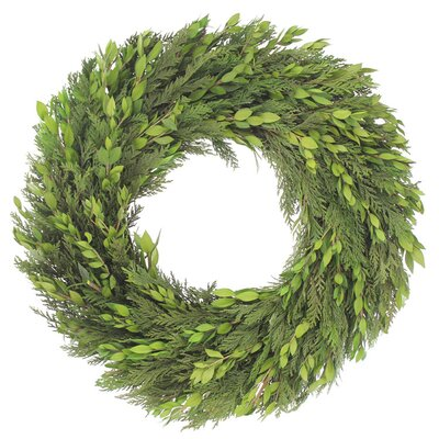 Urban Florals Classic Holiday Wreath - Size: 18