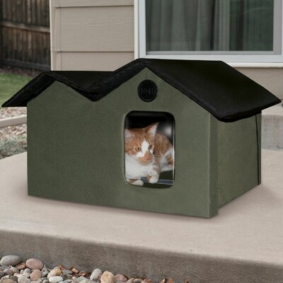 Unheated Outdoor Extra Wide Cat House