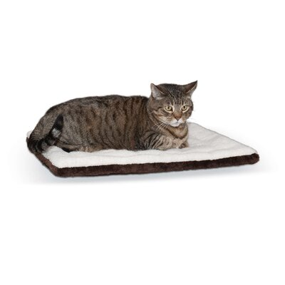 Self-Warming Pet Pad Color: Oatmeal/Chocolate