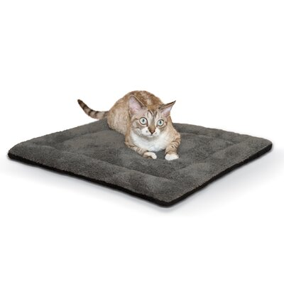 Self-Warming Pet Pad Color: Gray