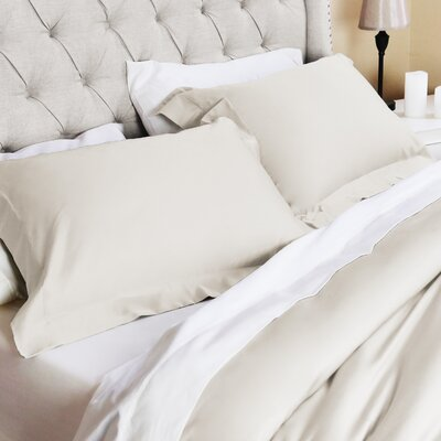 Valentino 3 Piece Duvet Set Size: Full/Queen, Color: Ivory