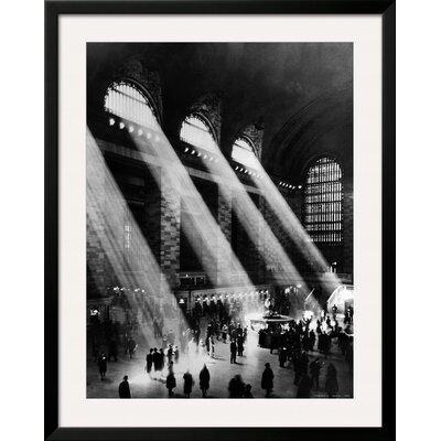 'Grand Central Station, New York City' Framed Graphic Art 4321985