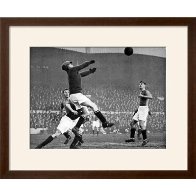 "'Arsenal Vs. Mansfield Town, F.A. Cup Fourth Round, 1929' Framed Photographic Print Frame: Soho Espresso/Brown Framed, Size: 19"" H x 23"" W E14F216DCAAA467DB1FF31D69C171D63"