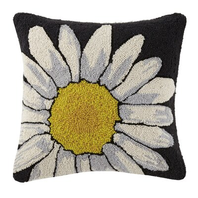 Daisy Vintage Hook 100% Wool Throw Pillow