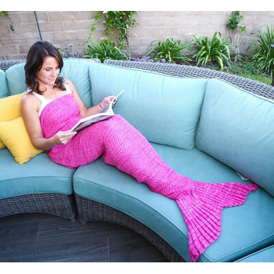 Mermaid Tail Blanket Color: Pink, Size: 70 L x 35 W (Large)