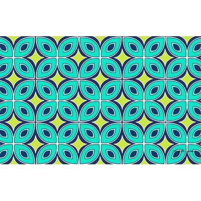 Lorraine Links Green Rug Rug Size: 510 x 44