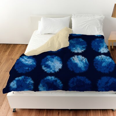 Fuzzy Dots Duvet Cover Size: King, Color: Navy