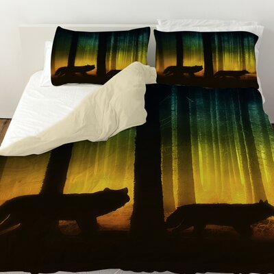 Tracking Wolves Duvet Cover Size: King
