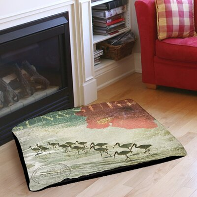 Sun and Surf Indoor/Outdoor Pet Bed Size: 28 L x 18 W