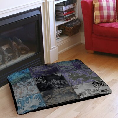 Velvet Patch Indoor/Outdoor Pet Bed Size: 28