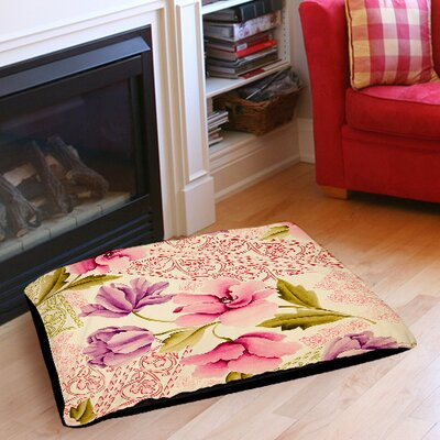 Tulips and Lace Indoor/Outdoor Pet Bed Size: 50 L x 40 W