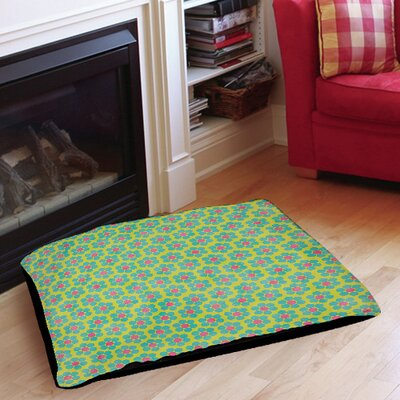 Emilys Ditsy Garden Indoor/Outdoor Pet Bed Size: 40 L x 30 W