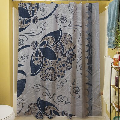 Elegante V Shower Curtain