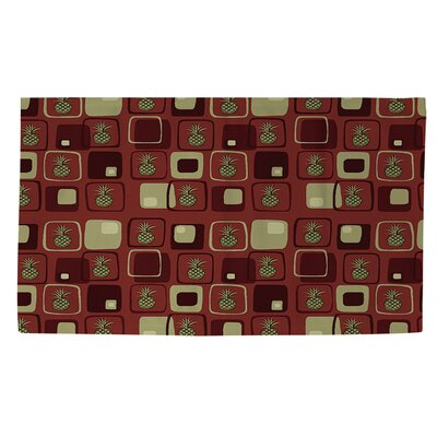 Deco Pineapple Rust Area Rug Rug Size: 4 x 6