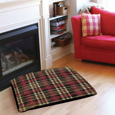 Plaid Indoor/Outdoor Pet Bed Size: 50 L x 40 W