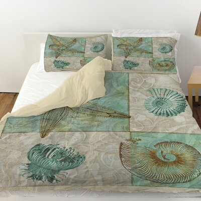Sea Life 1 Duvet Cover Size: Queen