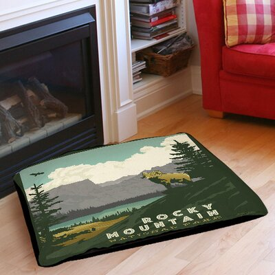 Rocky Mountain National Park Indoor/Outdoor Pet Bed Size: 40 L x 30 W