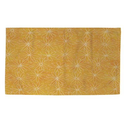 Funky Florals Daisy Sketch Sunset Area Rug Rug Size: 4 x 6