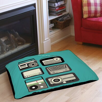 Radios Indoor/Outdoor Pet Bed Size: 40 L x 30 W