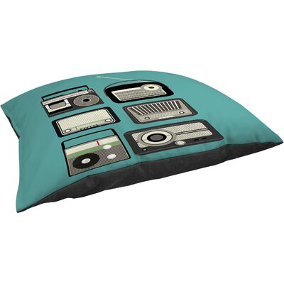 Radios Indoor/Outdoor Pet Bed Size: 50 L x 40 W