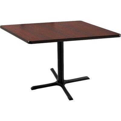 30 Pub Table Tabletop Size: 30 x 30