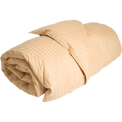 Midweight Down Alternative Comforter Color: Gold