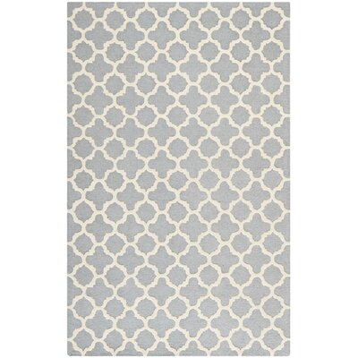 Martins Circle Silver & Ivory Area Rug Rug Size: Rectangle 5 x 8